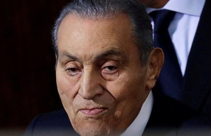 """""""5 ساعات قبل الغزو العراقي... حسنى مبارك يكشف ما دار بينه وصدام حسين"""