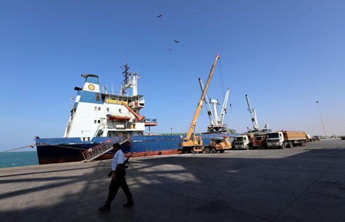صنعاء تتهم الحكومة بعدم الجدية في مناقشة البنود الاقتصادية لاتفاق الحديدة