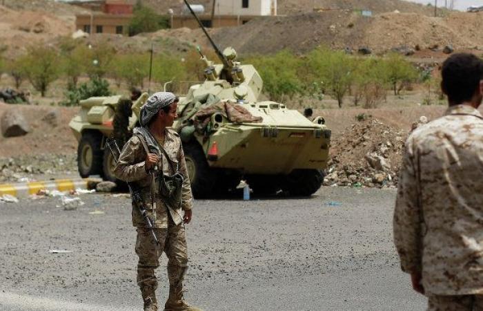 """الجيش اليمني يعلن استعادة منطقة استراتيجية ومواقع شمال الضالع وأسر 15 من """"أنصار الله"""""""