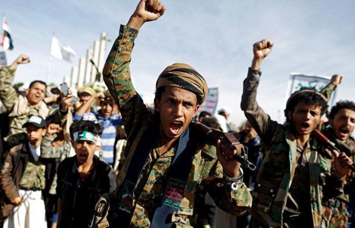 """""""أنصار الله"""" تصد هجوما للجيش اليمني في تعز"""