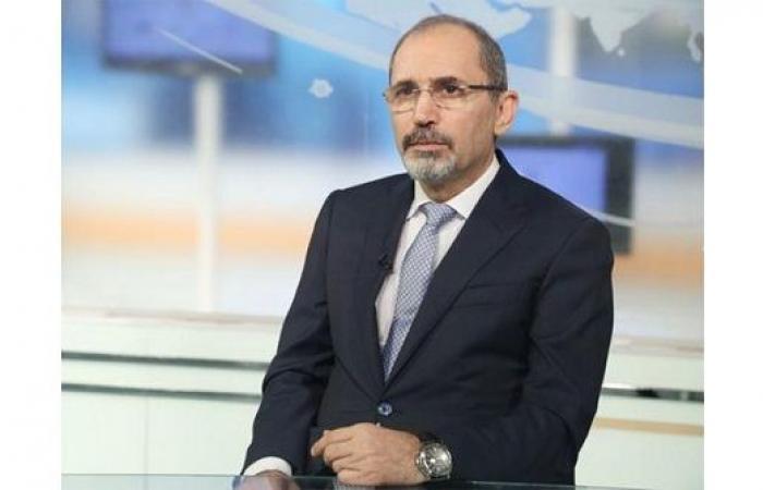 الصفدي : أي طرح اقتصادي لن يكون بديلا لحل سياسي ينهي الاحتلال
