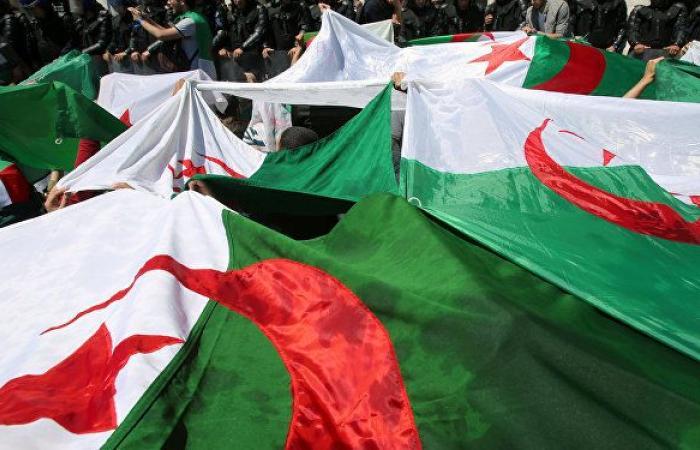 التلفزيون الجزائري: وزير النقل السابق يمثل أمام المحكمة العليا