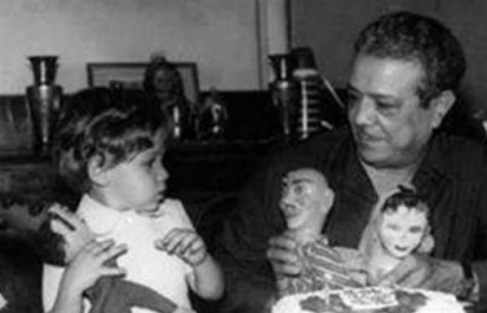 """""""أمير كرارة""""...بدأ مصفقًا ب30 جنيهًا في برنامج عمرو أديب..و""""ستار ميكر"""" صنع نجوميته..وكلبش وكازبلانكا جعلاه """"نمبر وان"""" في مصر"""