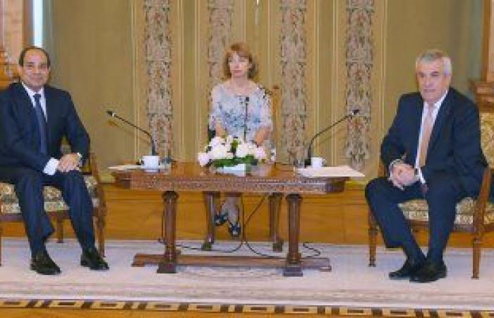 """السيسى يلتقى رئيس """"الشيوخ الرومانى""""ويؤكد: الإرهاب يهدد استقرار العالم"""