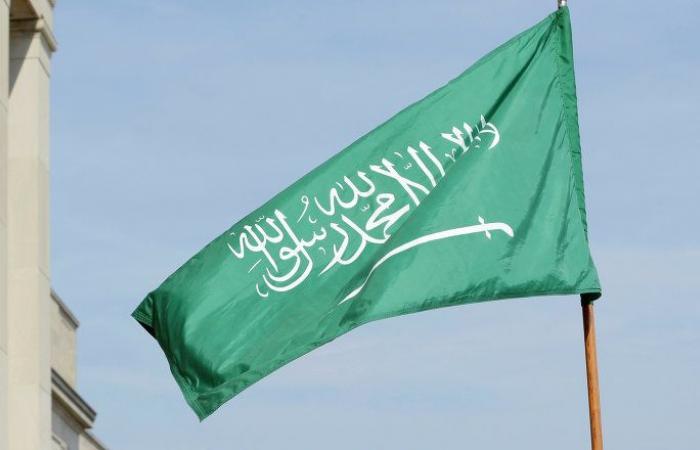 """أمير مكة يعلق على حقيقة """"الخلاف"""" بين السعودية والإمارات (فيديو)"""