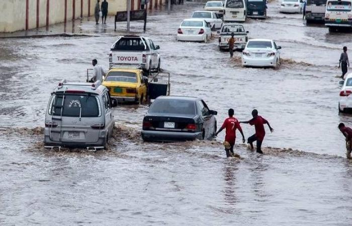 السودان يستنجد بمنظمات الإغاثة لمساعدة المتأثرين بالسيول والأمطار