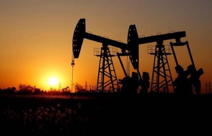مكاسب النفط تتجاوز 1% مع التوترات الجيوسياسية