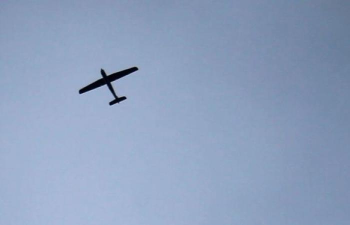 التحالف العربي يعلن إسقاط طائرتين بدون طيار أطلقهما الحوثيون باتجاه خميس مشيط بالسعودية
