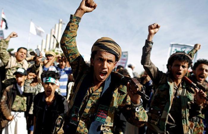 """""""أنصار الله"""" تعلن سيطرة مقاتليها على مواقع للجيش شمال حجة"""