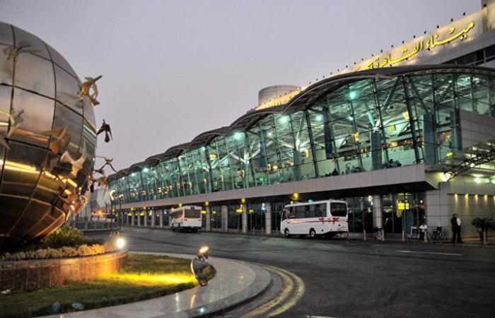 توقيف مواطن سعودي في مطار القاهرة