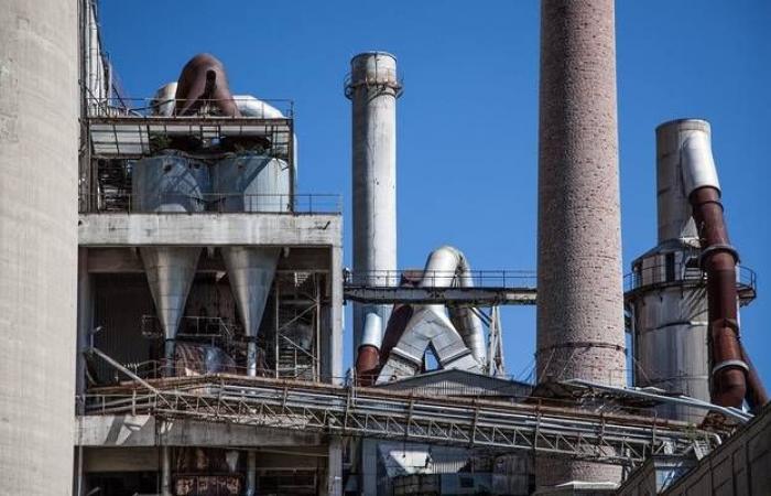 وكالة الطاقة الدولية تتوقع أن تواجه أوبك فائضاً في 2020