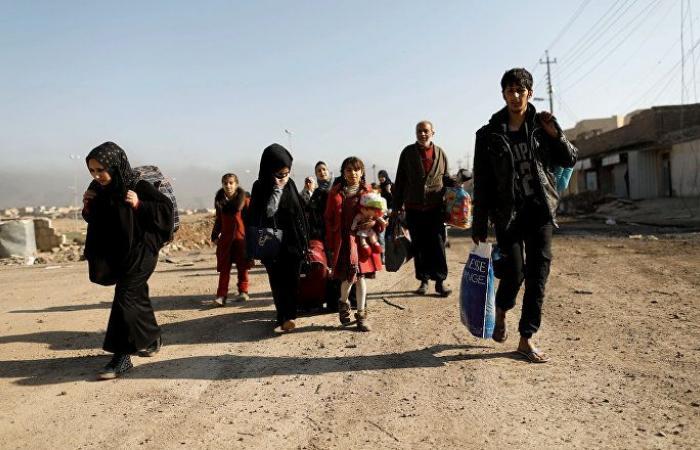 حملة إفراغ المخيمات تعيد 150 نازحة إلى منطقة بين العراق وسوريا