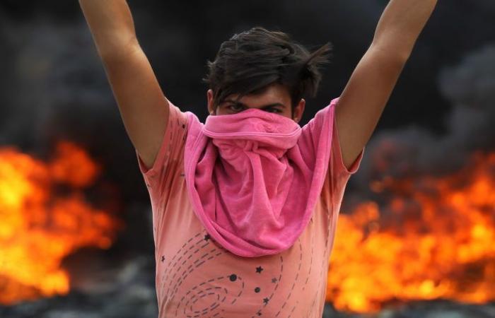 """ناشطة عراقية تروي حكايات """"مفجعة"""" عن حوادث وقعت خلال المظاهرات"""