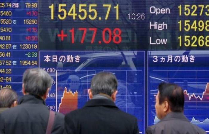 نيكي الياباني يرتفع بالختام مع التفاؤل بالمحادثات التجارية