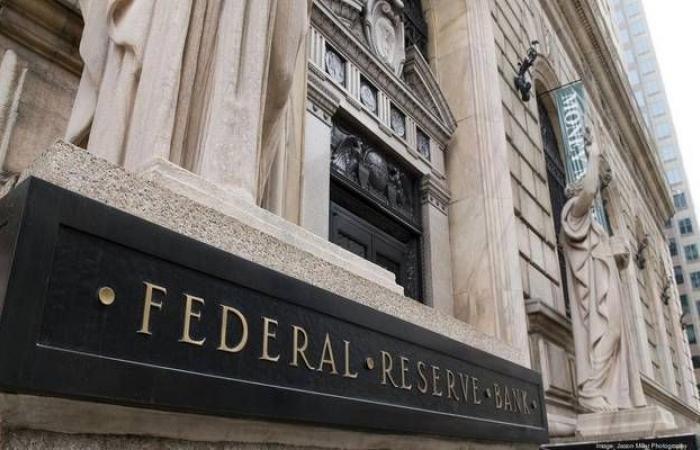 عضو بالاحتياطي الفيدرالي يستبعد ركود الاقتصاد الأمريكي