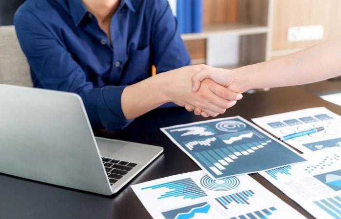 3 طرق لاستخدام الذكاء الاصطناعي في تعزيز المبيعات