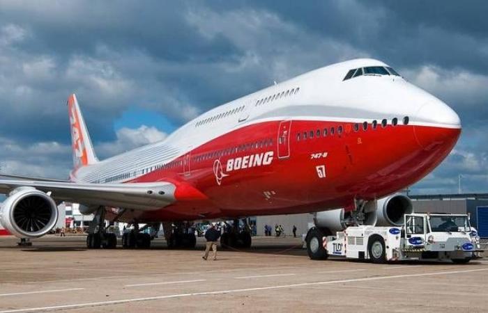 """سهم """"بوينج""""يتراجع 4% مع تقرير حول تضليل الشركة لإدارة الطيران"""