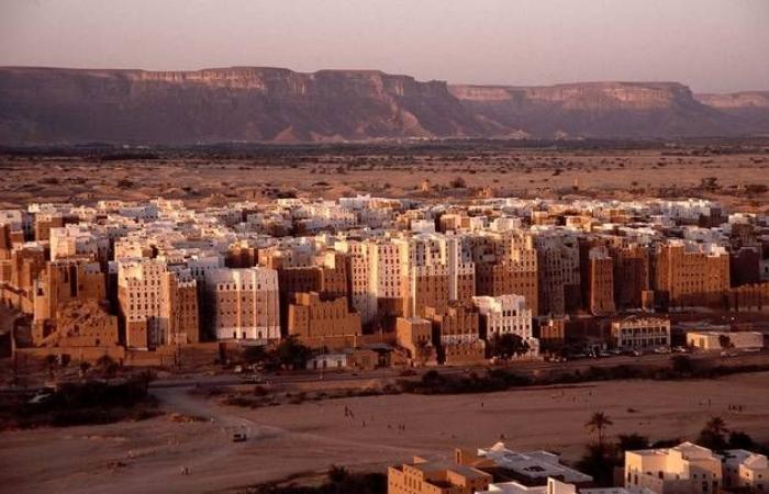 الكويت تجدد استعدادها لاستضافة المفاوضات اليمنية