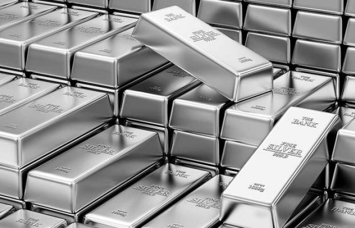 محدث.. الفضة تقلص مكاسبها عند التسوية مع زيادة شهية المخاطرة
