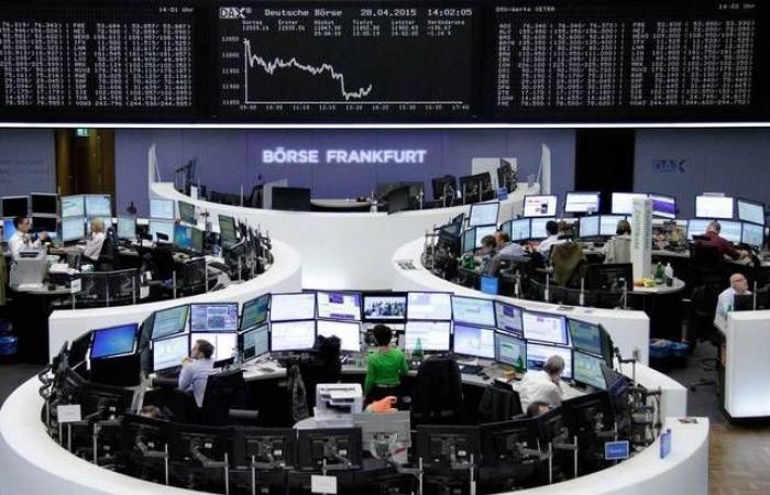 انخفاض الأسهم الأوروبية بالمستهل مع توالي عقبات البريكست