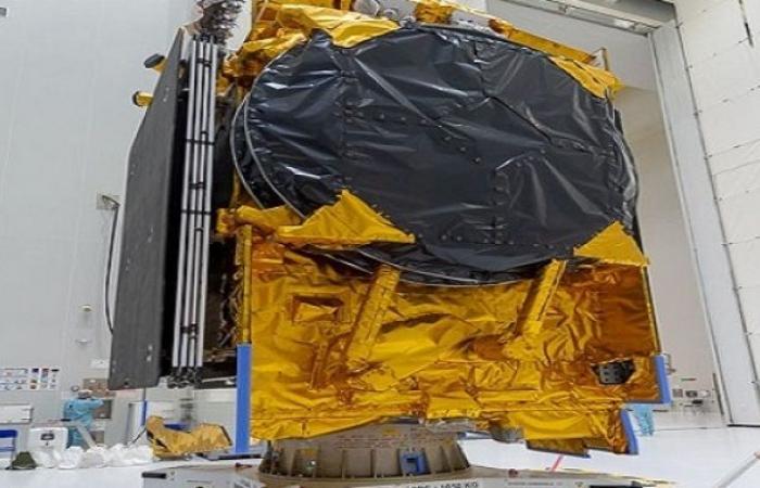 """مصر تطلق غدًا """"طيبة-1"""".. أول قمر صناعي مصري للاتصالات"""