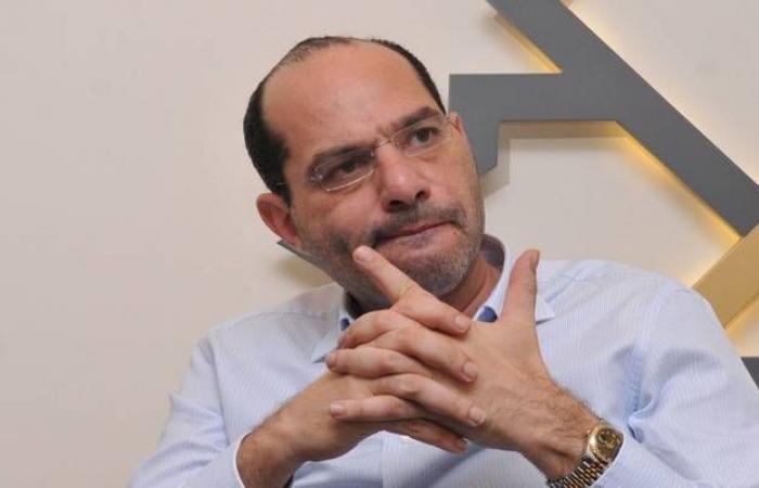 وزير يكشف حجم المسحوبات الدولارية من بنوك لبنان منذ سبتمبر