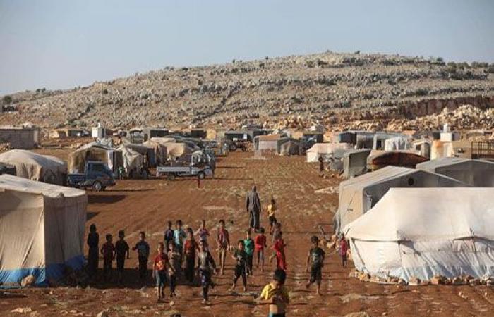 نزوح عشرات الآلاف من إدلب نتيجة قصف روسيا ونظام الأسد
