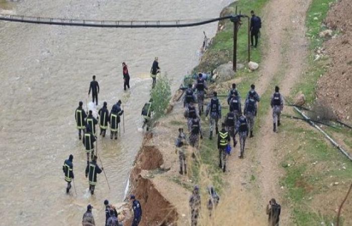 الدفاع المدني : البحث ما زال مستمراً عن الخطيب في الزرقاء