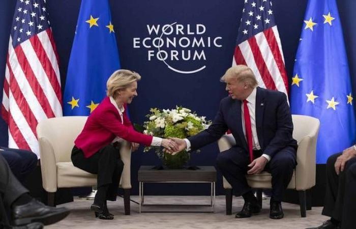 ترامب يلمح لصفقة تجارية كبيرة مع الاتحاد الأوروبي
