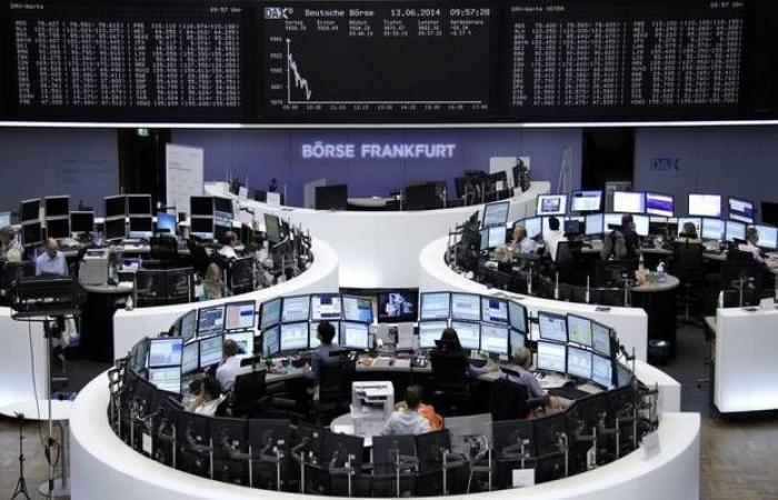 محدث.. الأسهم الأوروبية تصعد بالختام لكنها تسجل خسائر أسبوعية