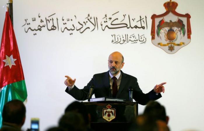 رئيس وزراء الأردن يعلن خلو المملكة من فيروس كورونا إلى الآن