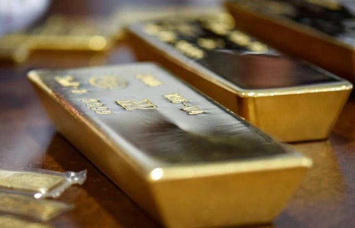 """""""جولدمان ساكس"""" يتوقع ارتفاع أسعار الذهب إلى 1800 دولار"""