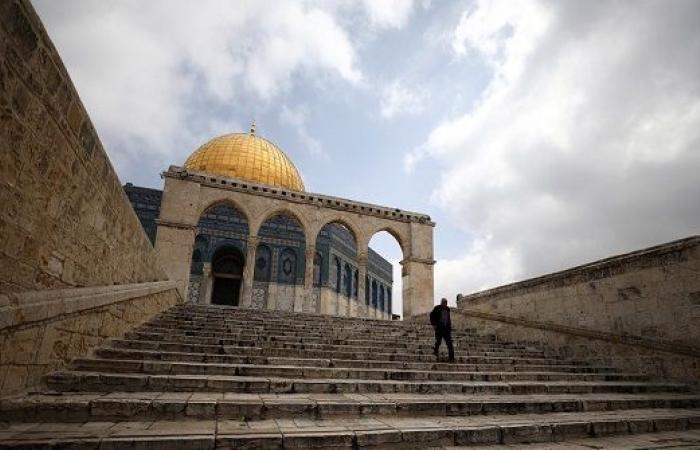 أوقاف القدس: تعليق الصلاة في المسجد الأقصى ابتداءً من فجر الاثنين