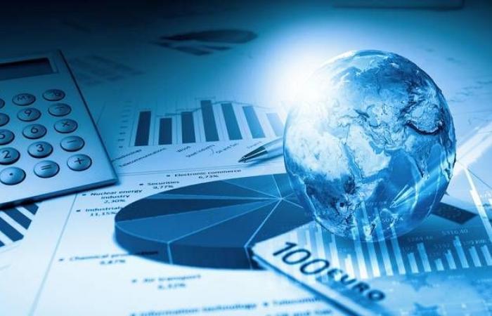 مكاسب الأسهم وخسائر الدولار والنفط أبرز أحداث الأسواق العالمية اليوم