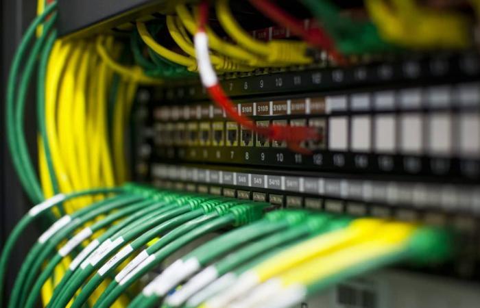 هل تنهار شبكة الإنترنت بسبب فيروس كورونا ؟