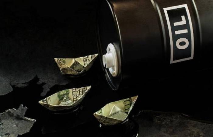 محلل: سعر برنت سينخفض لـ10 دولارات رغم تقارير خفض المعروض
