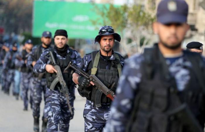 "إسرائيل تفرج عن قيادي في ""حماس"""