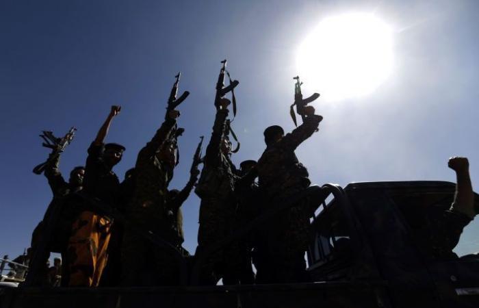 """""""أنصار الله"""" تهدد الحكومة اليمنية بإغلاق المنافذ """"بطريقتها"""""""