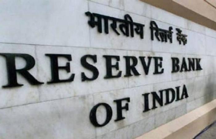 محافظ المركزي الهندي: الاقتصاد يحتاج لدعم مالي