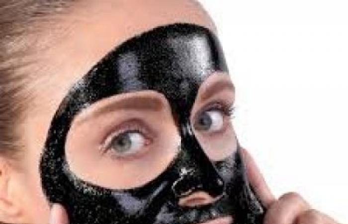 ماسك الفحم للبشرة الدهنية