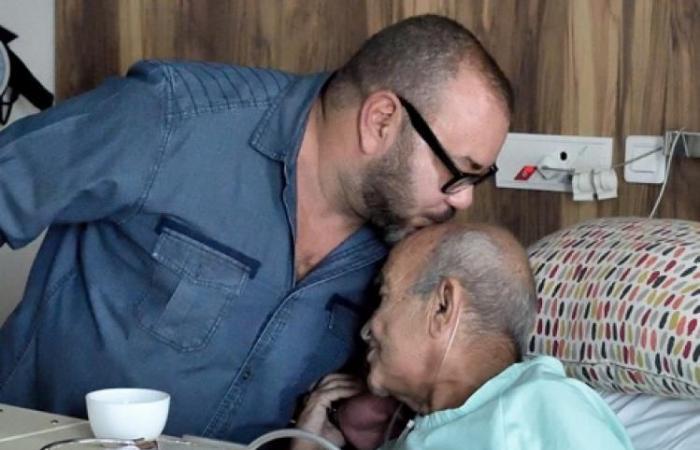 """رحيل عبد الرحمن اليوسفي .. كان فينا """"مجاهد وسياسيٌّ شريف"""""""