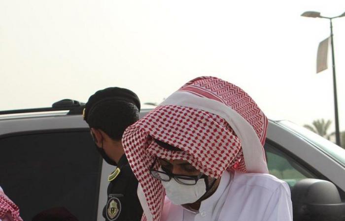 """""""موارد الرياض"""" يضبط """"12"""" مخالفة في معارض السيارات"""