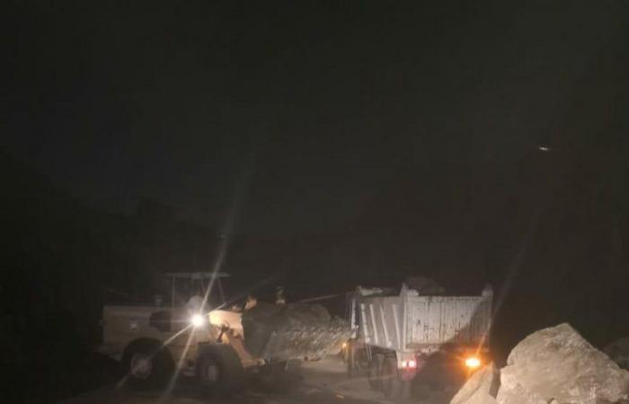 أمطار فيفاء الغزيرة تستنفر الجهات الخدمية عبر فِرَق للطوارئ