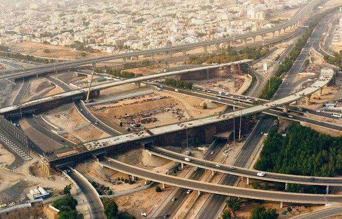 """""""أبو عتيق"""": إنجاز 99 % من البنية التحتية لمشروع مسار أنفاق مترو مكة"""