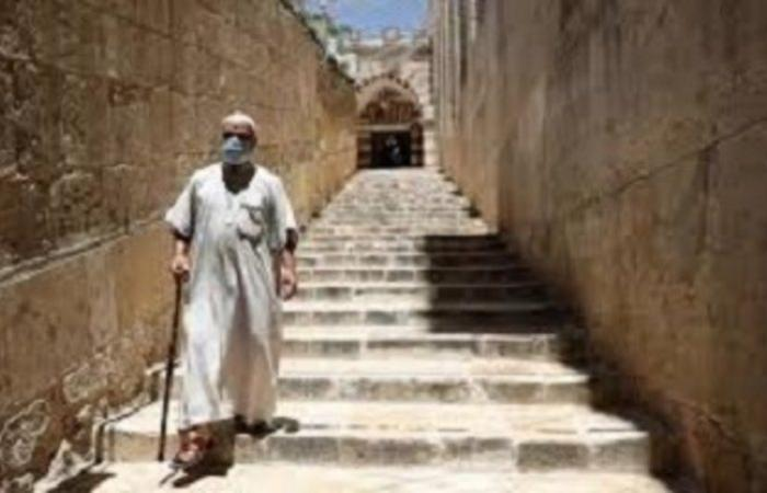 """السلطة الفلسطينية تفرض حظراً ليلياً للسيطرة على ارتفاع إصابات """"كورونا"""""""