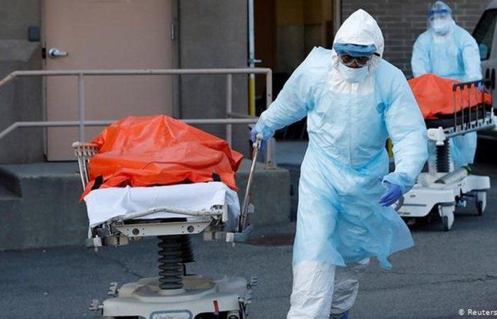 فيروس كورونا.. أرقام قياسية في الأمريكيتين وجنوب إفريقيا