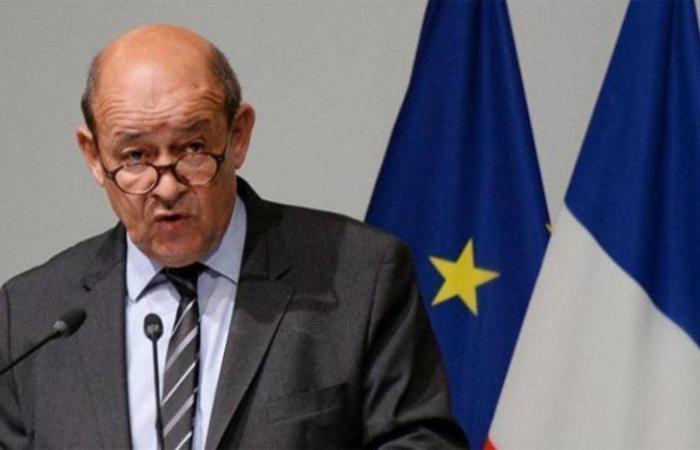 وزير الخارجية الفرنسي يشيد بجهود المملكة لتسريع تنفيذ اتفاق الرياض