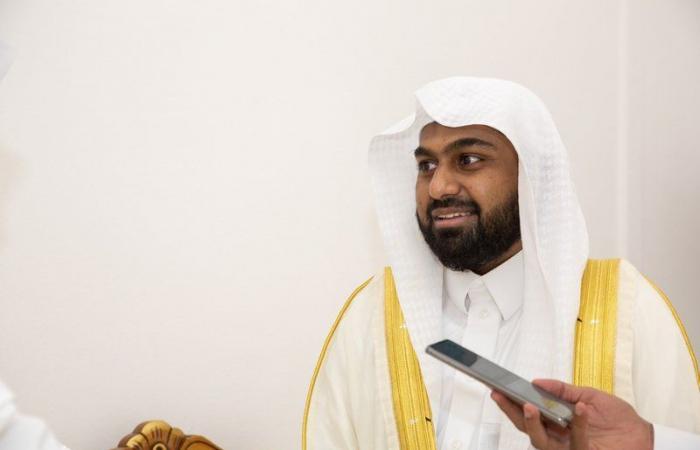 مؤذن المسجد الحرام يشيد بجهود الشؤون الإسلامية في خدمة حجاج بيت الله الحرام