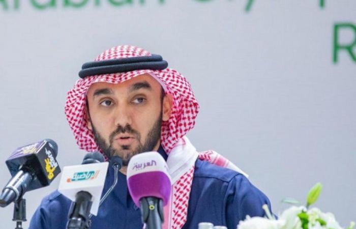"""وزير الرياضة يوجِّه بإقامة """"ممر شرفي"""" لأبطال الصحة والأمن في مباريات """"الجولة الـ23"""" بالدوري"""