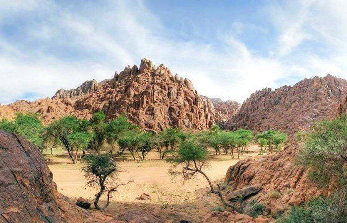"""بالصور """"الجبال الحمراء""""تروي قصص سيد الكرم العربي... حائل تتحدث"""